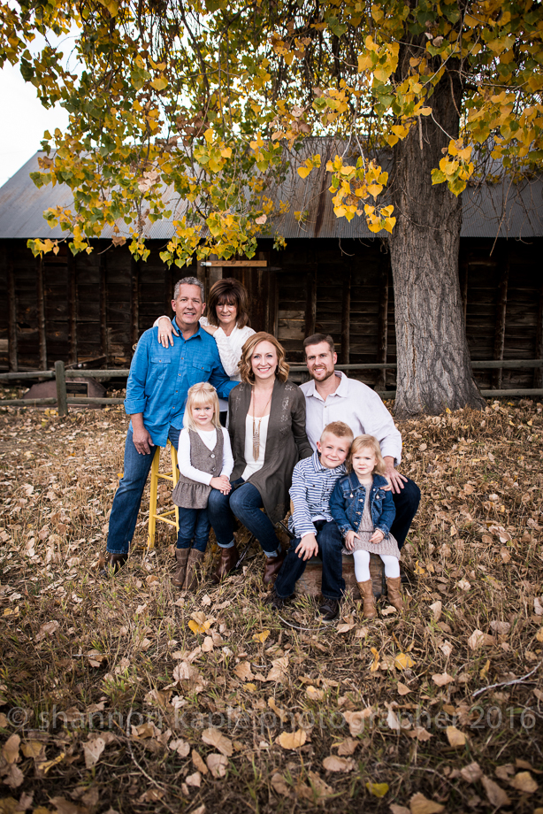 What to wear for you fall family photographs